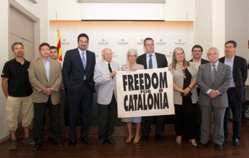 """Òmnium reivindica la vigència de la campanya """"Freedom for Catalonia"""""""