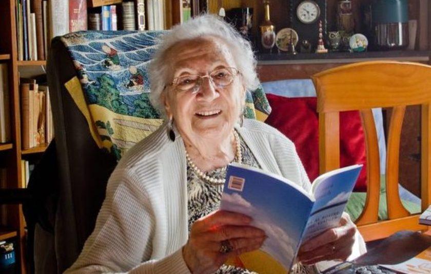 Mor Joana Raspall, la poeta centenària