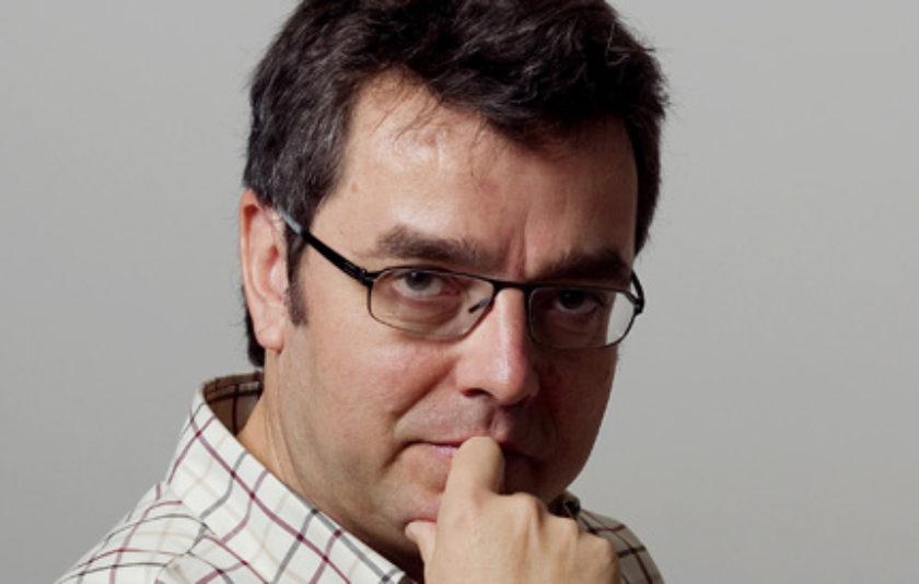 Albert Pla Nualart llegeix 'El bilingüisme mata'