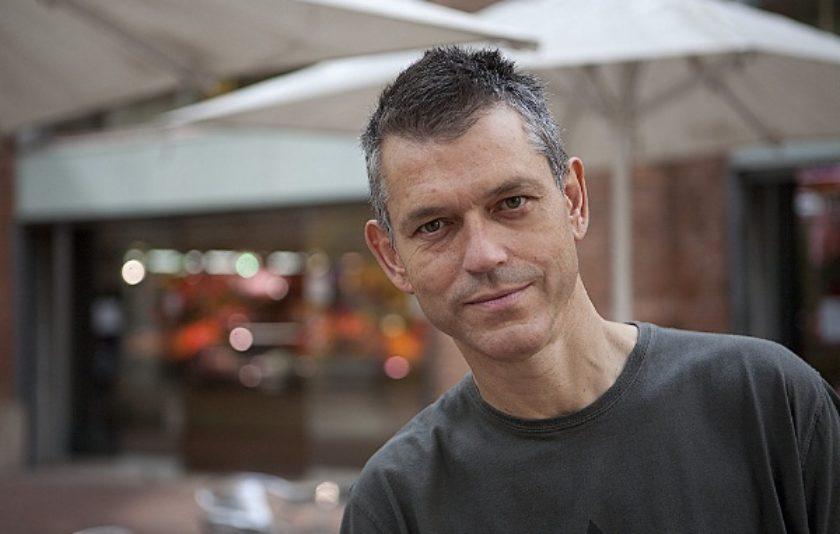 """Lluís Calvo: """"El llegat literari ha de ser rebel, no pas acadèmic"""""""
