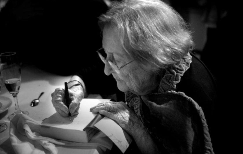 Montserrat Abelló. Enllà del viure concís