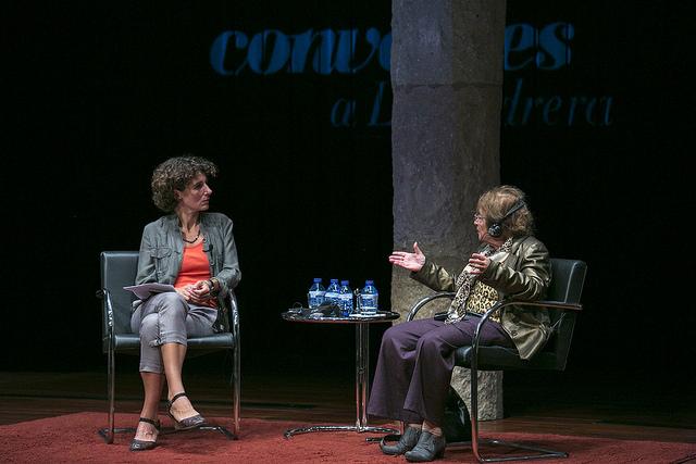 Ágnes Heller conversa amb Marina Garcés a La Pedrera   Foto Fundació Catalunya-La Pedrera