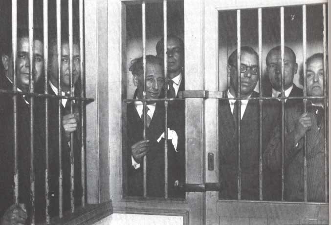 D'esquerra a dreta: Pere Mestres, Martí Esteve, Lluís Companys, Joan Lluhí Vallescà, Joan Comorera, Martí Barrera i Ventura Gassol