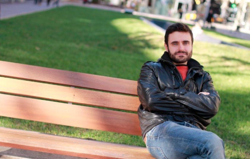 """Xavi Morató: """"Més que la rialla, busco el cop de puny a l'estómac"""""""
