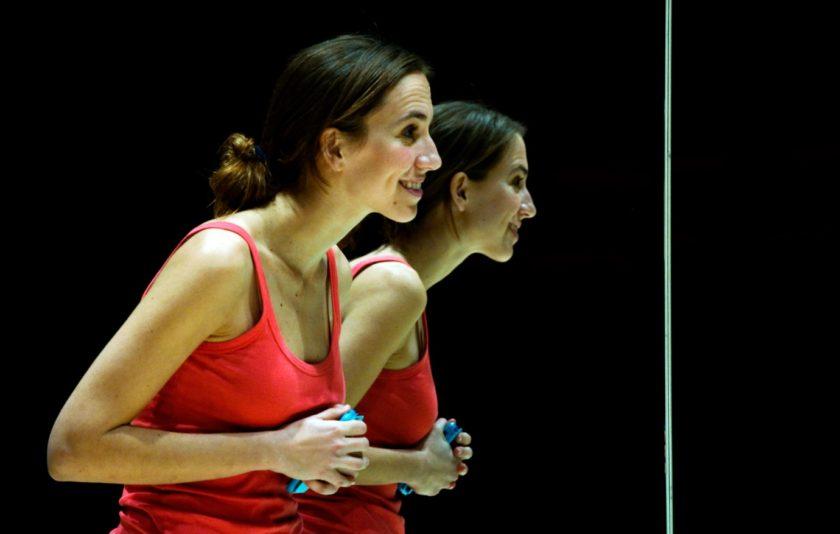 Joc de miralls: el teatre com a teràpia