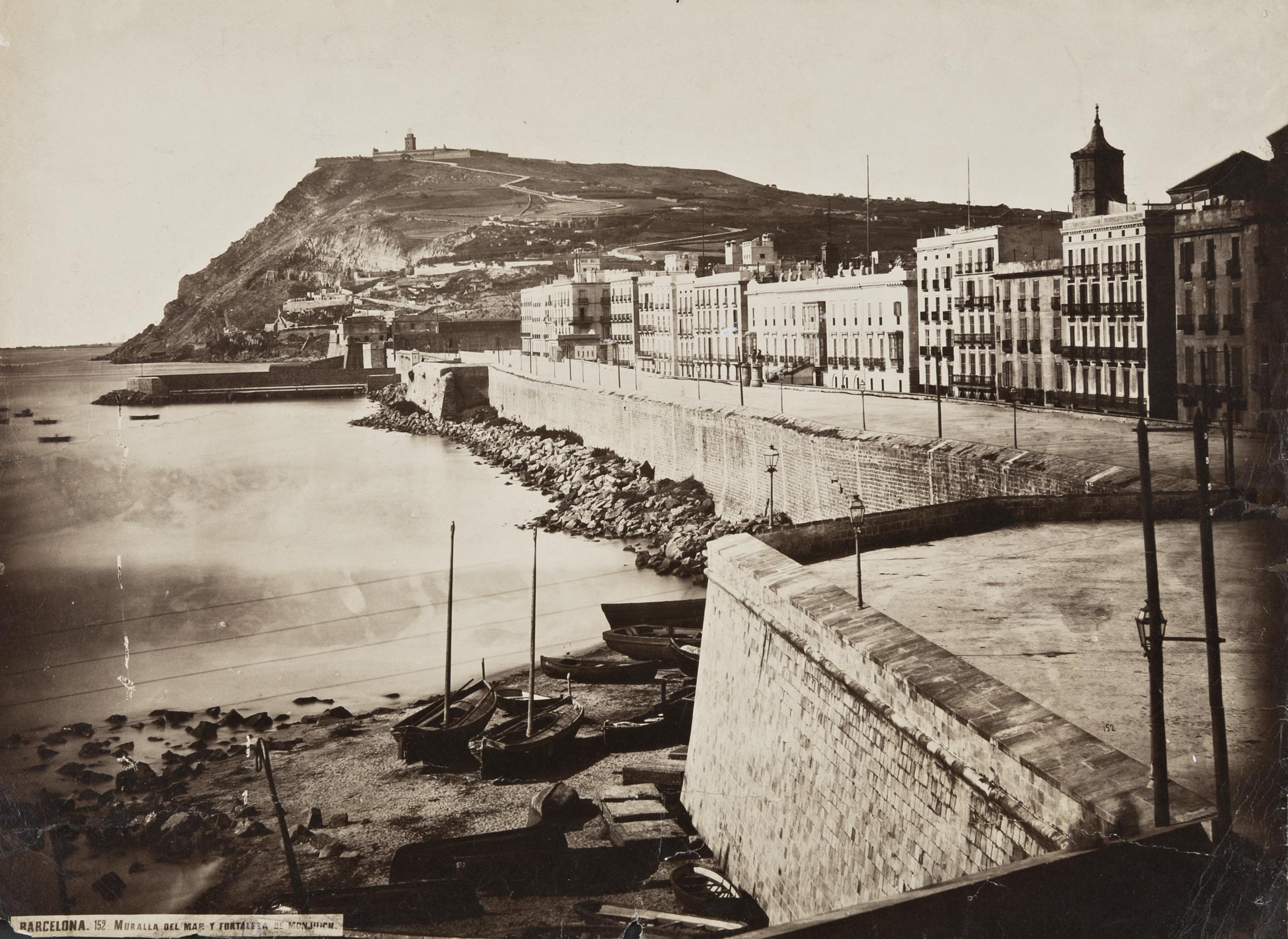 C.Clifford Barcelona Muralla del Mar i castell de Montjuich, 1860 Tiratge d'època