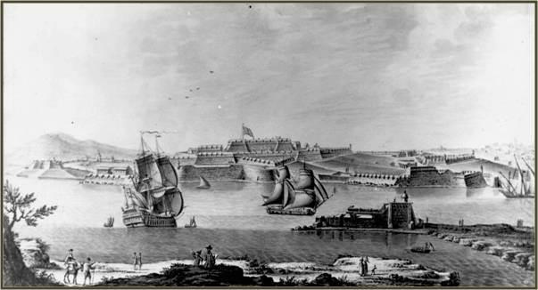 Una imatge antiga del castell de Sant Felip, a Maó, des del mar.