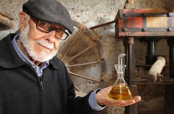 El dissenyador Rafael Marquina