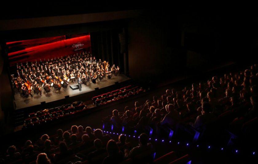 Simfonova, o com tornar-nos a enamorar de l'òpera