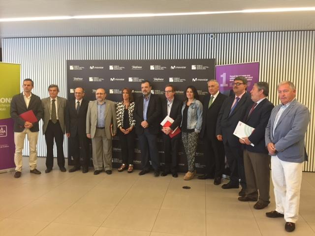 Ponents de la sessió 'Català i empresa: Ja estàs al dia?' al MWC   Foto: DGPL