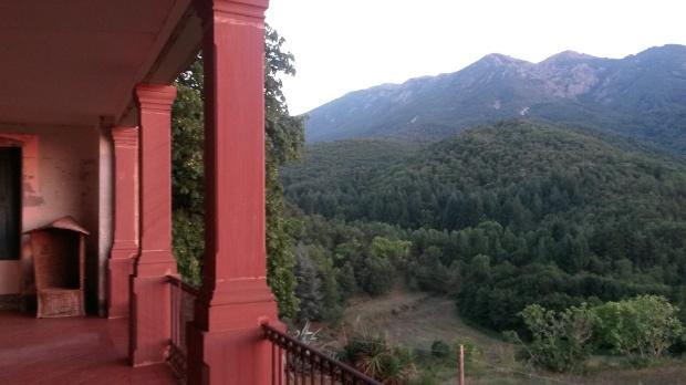 La muntanya d'ametistes des de la galeria del más Rusquelles