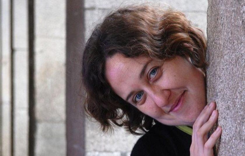 """Paula Carballeira: """"Els contes ofereixen respostes a les grans i petites preguntes de la vida"""""""