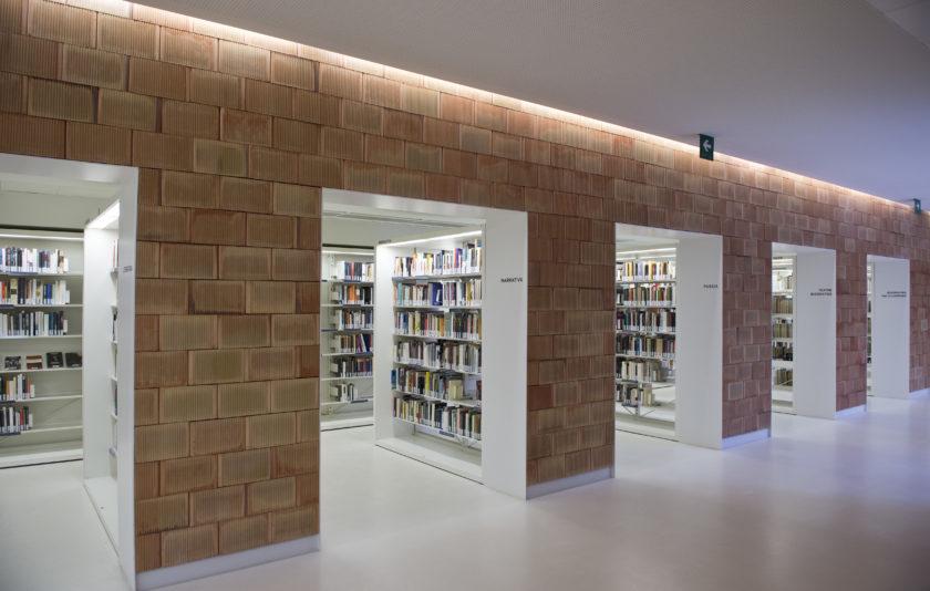 100 anys de biblioteques al llibre-nadala de la Fundació Carulla
