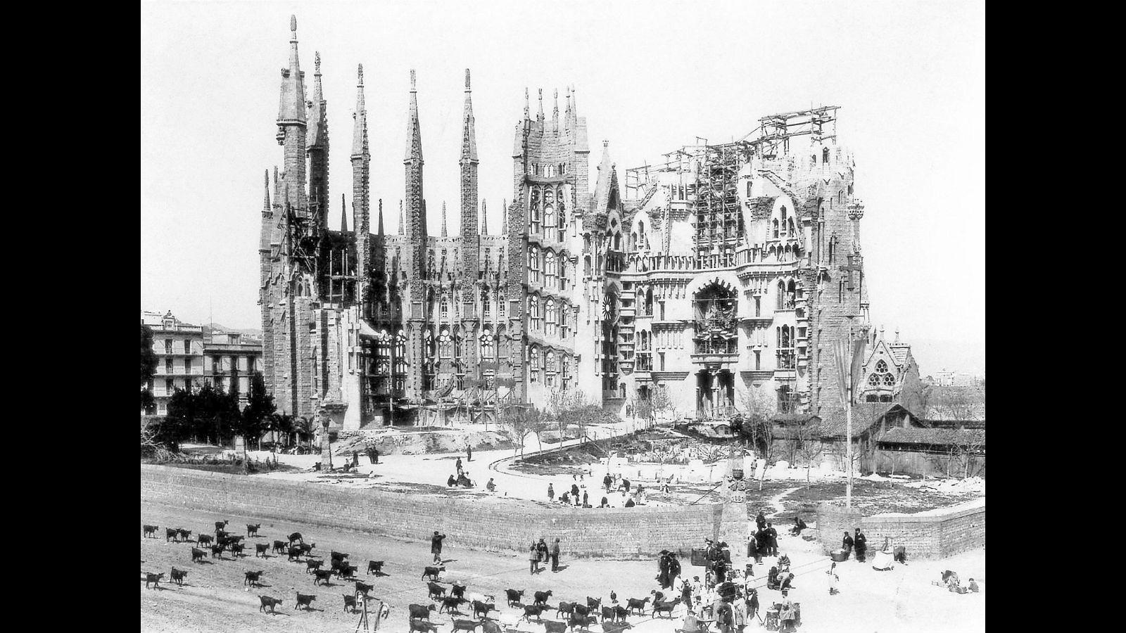 La Sagrada Familia l'any 1920