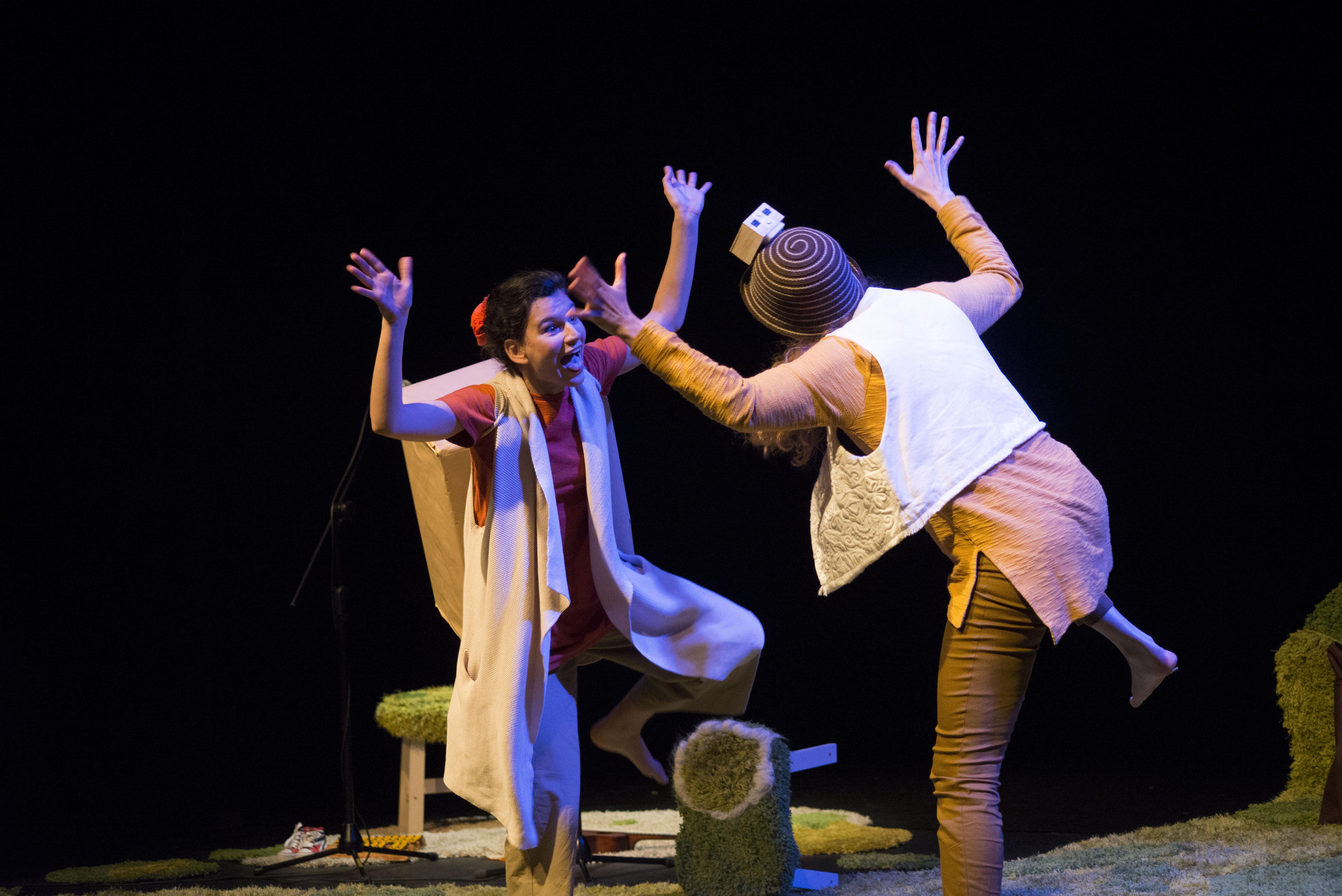 Engruna Teatre va estrenar Loops a La Mostra. © Roser Blanch