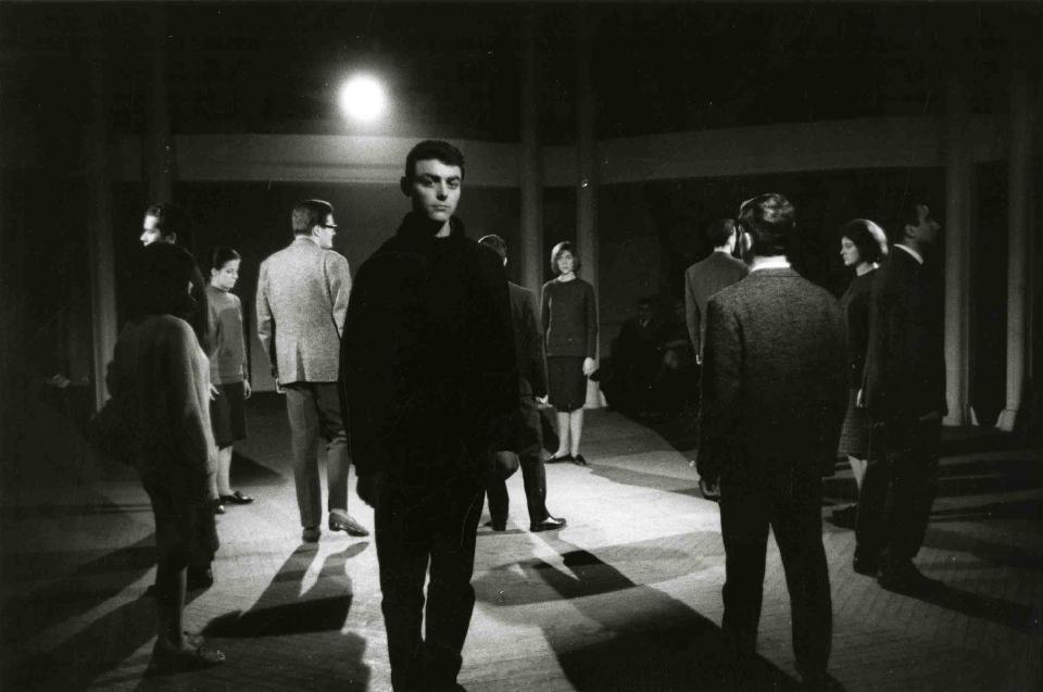 La pell de brau, a la Cúpula del Coliseum. © Andreu Basté. MAE. Institut del Teatre