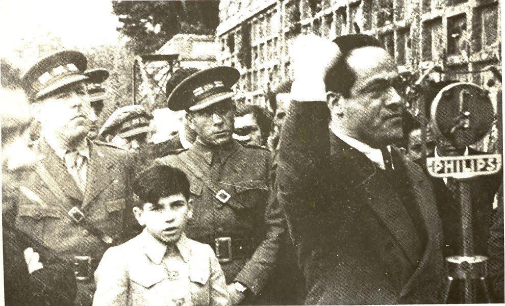 Garcia Oliver a l'enterrament de la companya de Ricardo Sanz