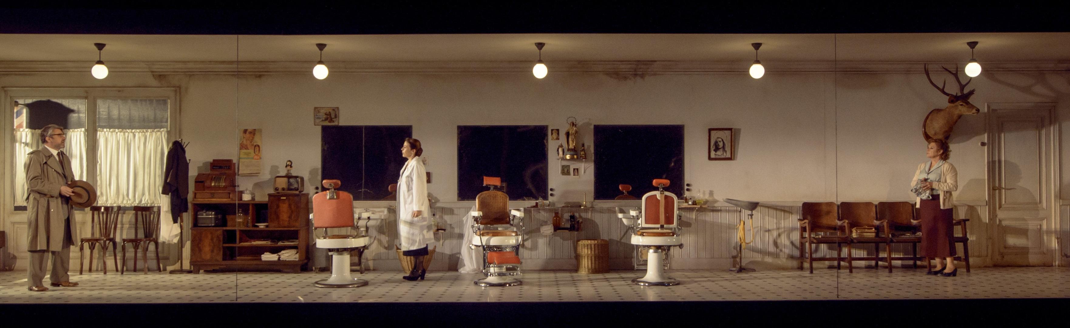 L'escenografia de Max Glaenzel és un personatge més a Victòria