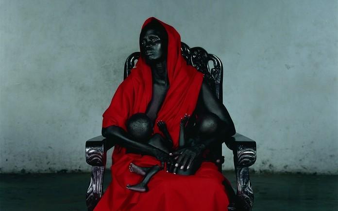 Vanessa Beecroft. 'Black Madonna with Tw¡¡