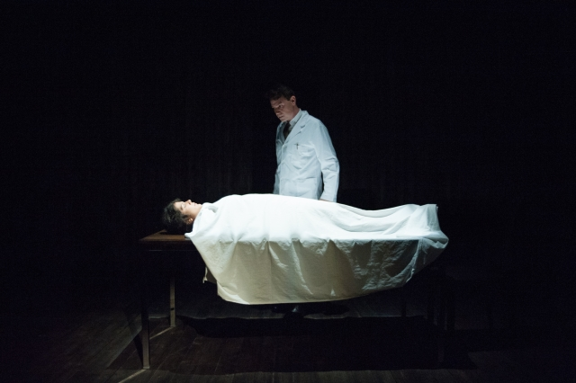 La mort és molt present a 'El profeta'. © Alba Lajarín
