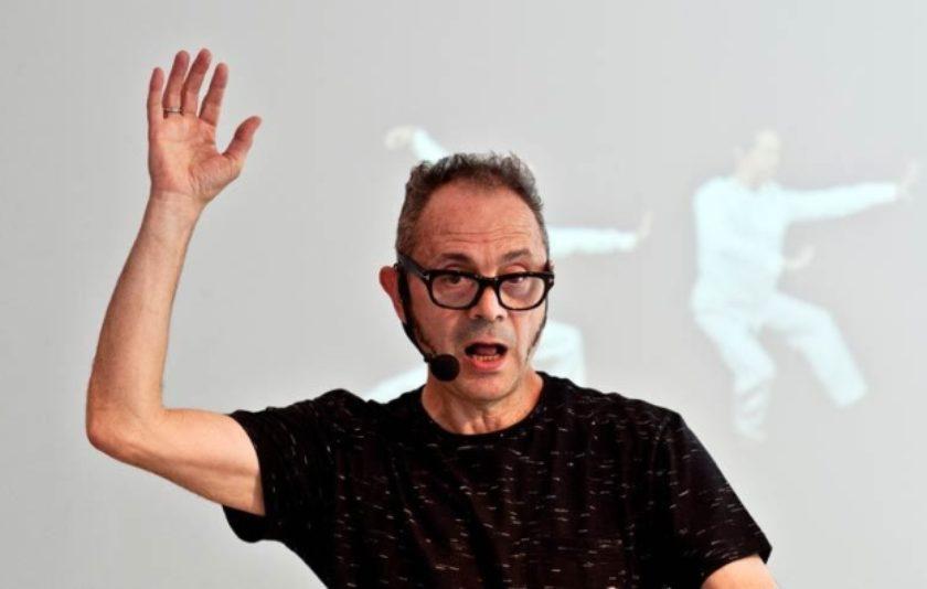 Ball i paraula a una conferència ballada