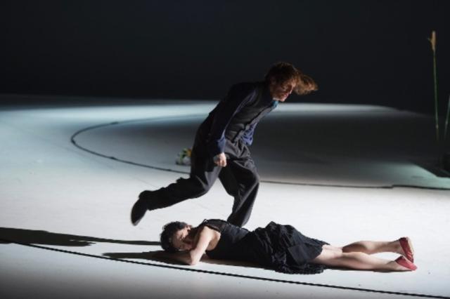 Un moment de l'espectacle de Claus Peymann al Burgtheater de Viena
