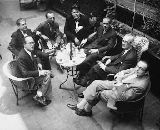 El Grup dels Vuit. D'esquerra a dreta: Robert Gerhard, Agustí Grau, Joan Gibert Camins, Eduard Toldrà, Manuel Blancafort, Baltasar Samper i Ricard Lamote de Grignon. Hi falta Mompou | Foto: Viquipèdia