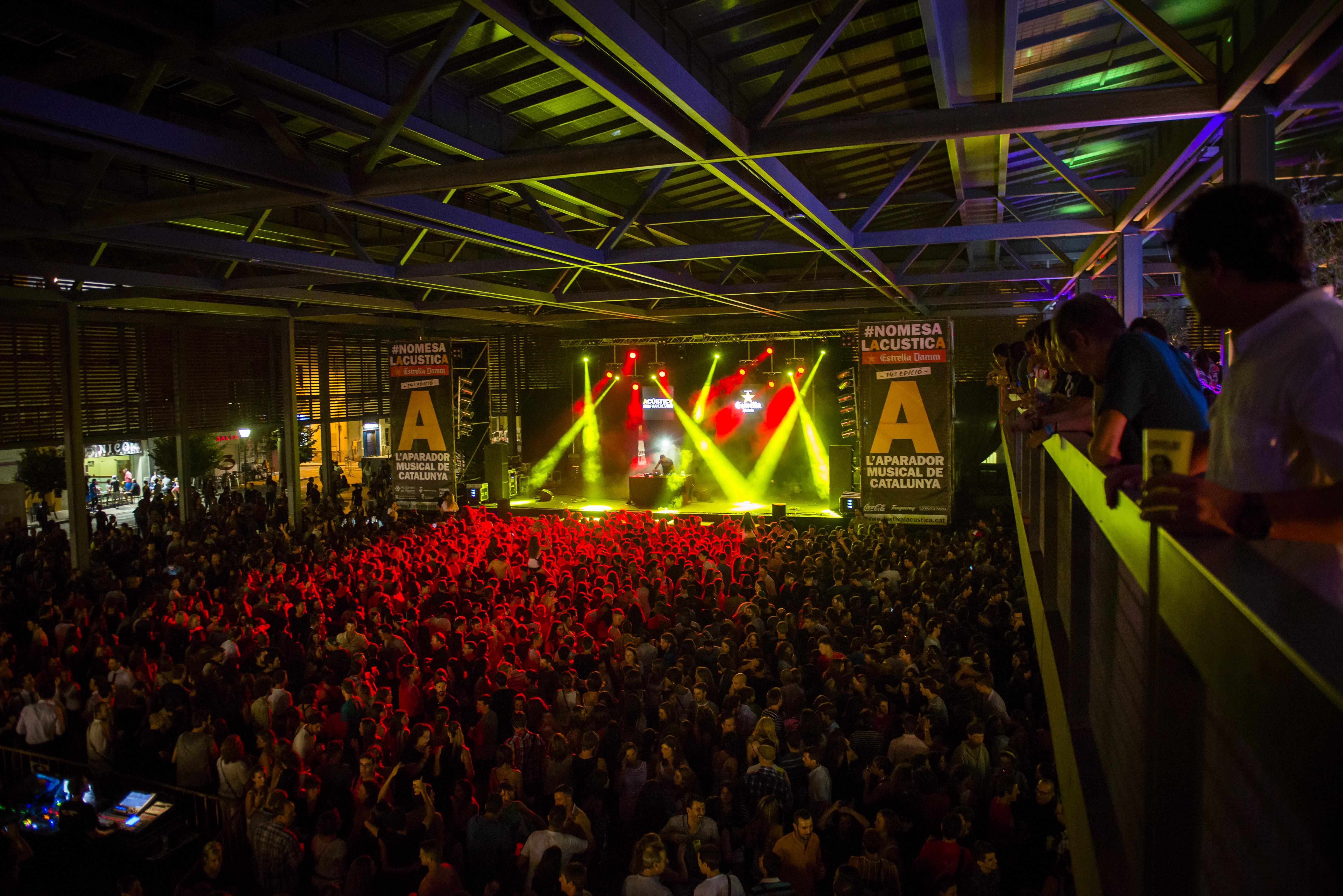 La Plaça Catalunya de Figueres convertida en l'Acústica Club | Foto: Promo Arts Música