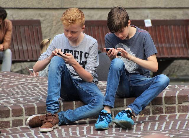 La febre de Pokémon Go es pot veure als carrers, on hi juga molta gent | Foto: Pixabay