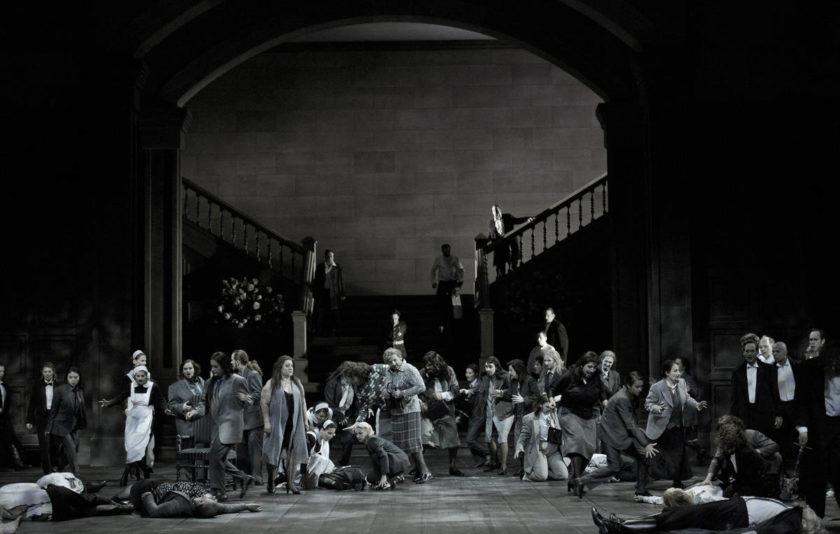 Macbeth, la malvada, s'instal·la al Liceu