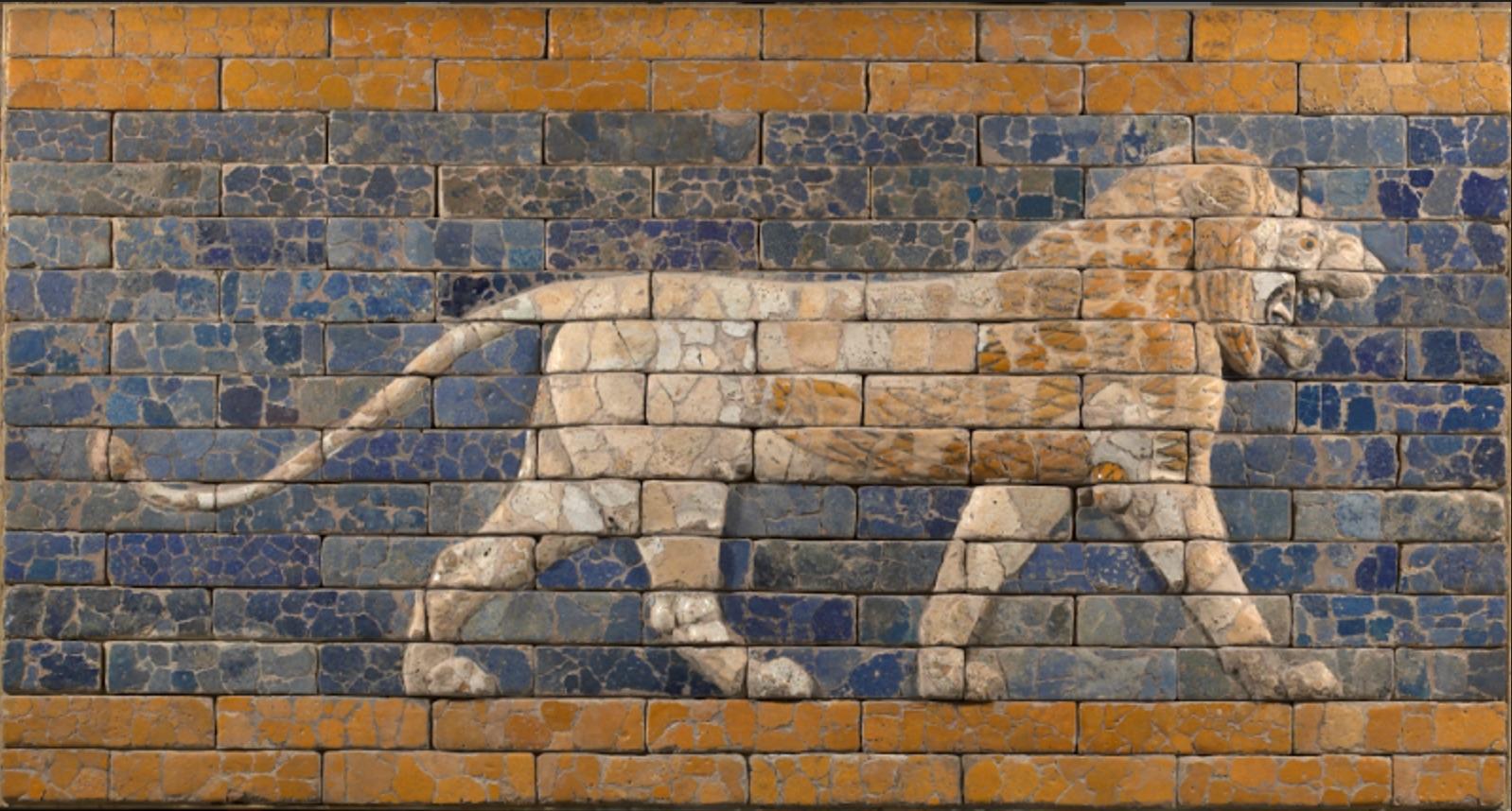 Relleu amb un lleó a la via processional de Babilònia. Babilònia, actual Iraq. Cap al 575 aCStaatliche Museen zu Berlin, Vorderasiatisches Museum. Fotografia: Olaf M. Teßmer