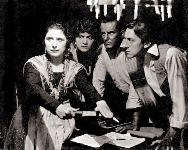 Una imatge del film 'Maria Rosa', dirigit per Cecil B. DeMille el 1916.