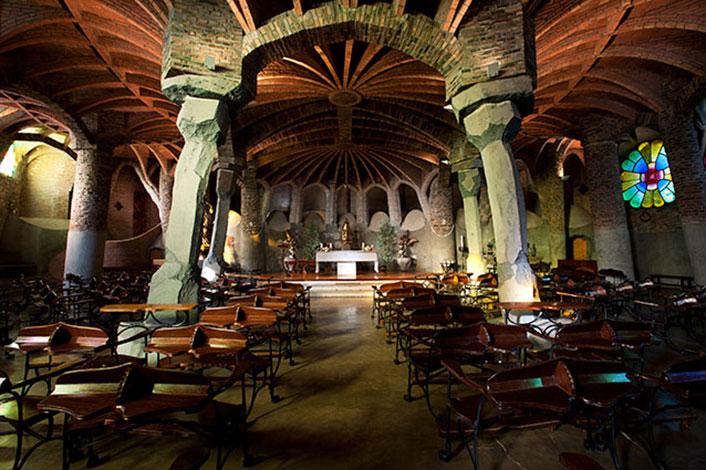Vista de la cripta, a la Colònia Güell | Foto: gaudicoloniaguell.org