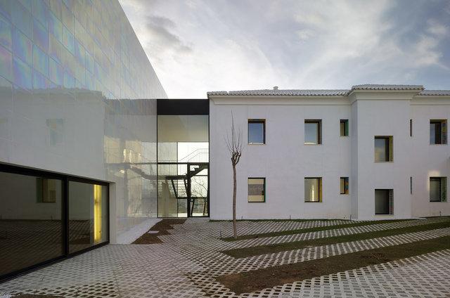 COR arquitectes ha relacionat l'antic quarter amb el nou auditori| Foto: David Frutos