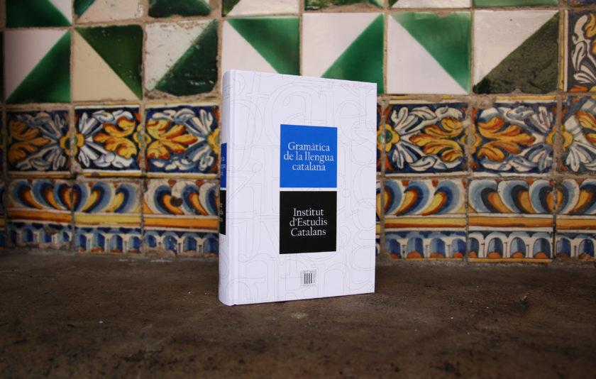 Avui sortegem una Gramàtica de la llengua catalana