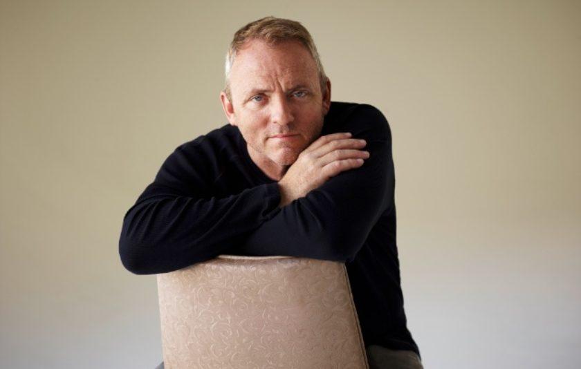 Dennis Lehane, l'escriptor amagat rere els thrillers de Hollywood