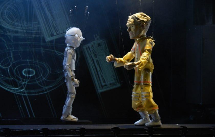 Òpera mecanitzada per a marionetes i pistons