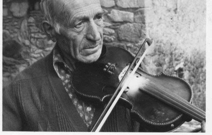 """En Peret Blanc de Beget, l'últim """"músic sense solfa"""" de l'Alta Garrotxa"""