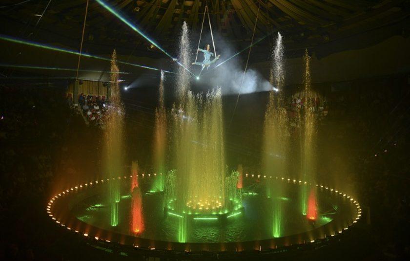 Un circ de Nadal passat per aigua