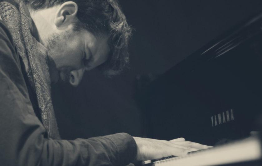 Deconstruint Maurice Ravel a ritme de Jazz