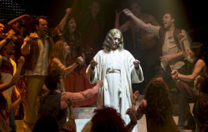 Jesucrist contra Medea: comparativa entre dos espectacles incomparables