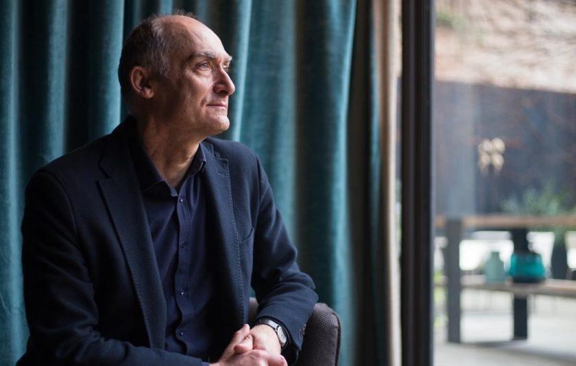 """Josep M. Esquirol: """"La franquesa de les paraules ens salva i ens fa resistir"""""""