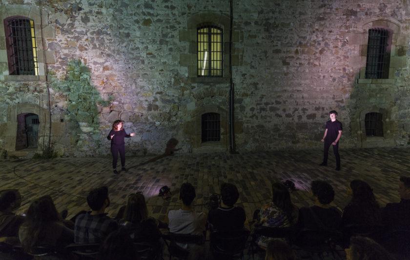 Píndoles: teatre entre muralles i foodtrucks