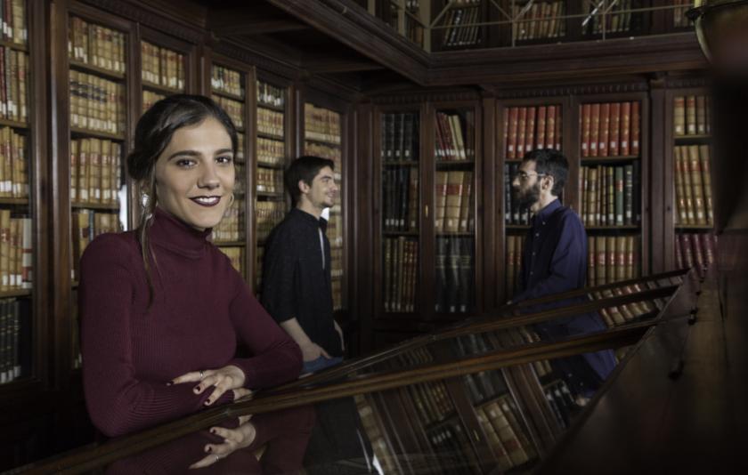 La saxofonista i cantant Eva Fernández emprèn el vol en solitari
