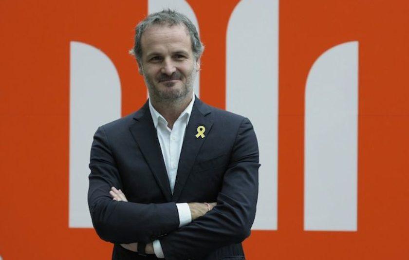 Jordi Cabré obté el Sant Jordi amb una turbulenta suplantació