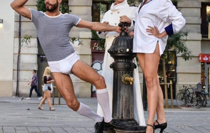 La Barcelona canalla encara respira, balla i té la llengua viperina