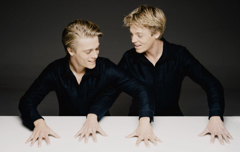 Dos atletes del piano