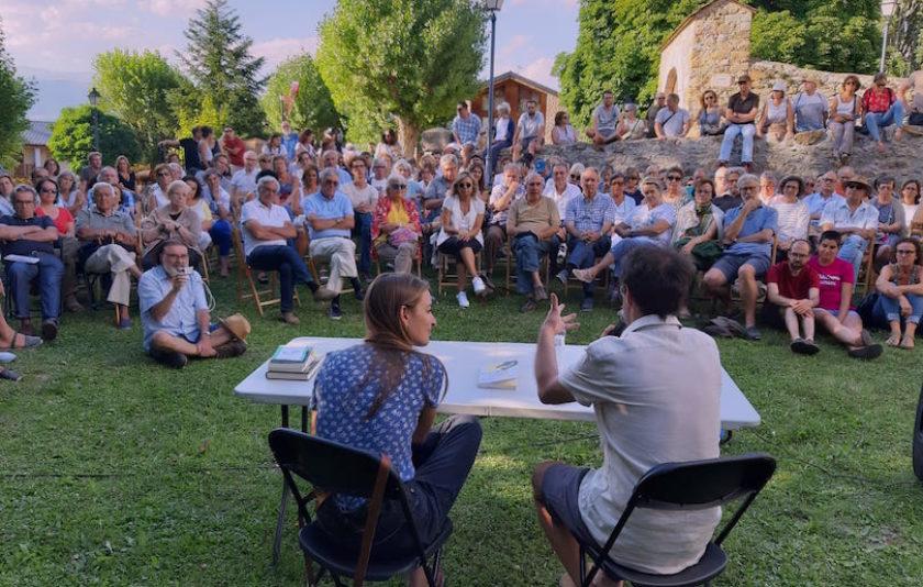 Das Festival: la muntanya, la llengua i l'humor