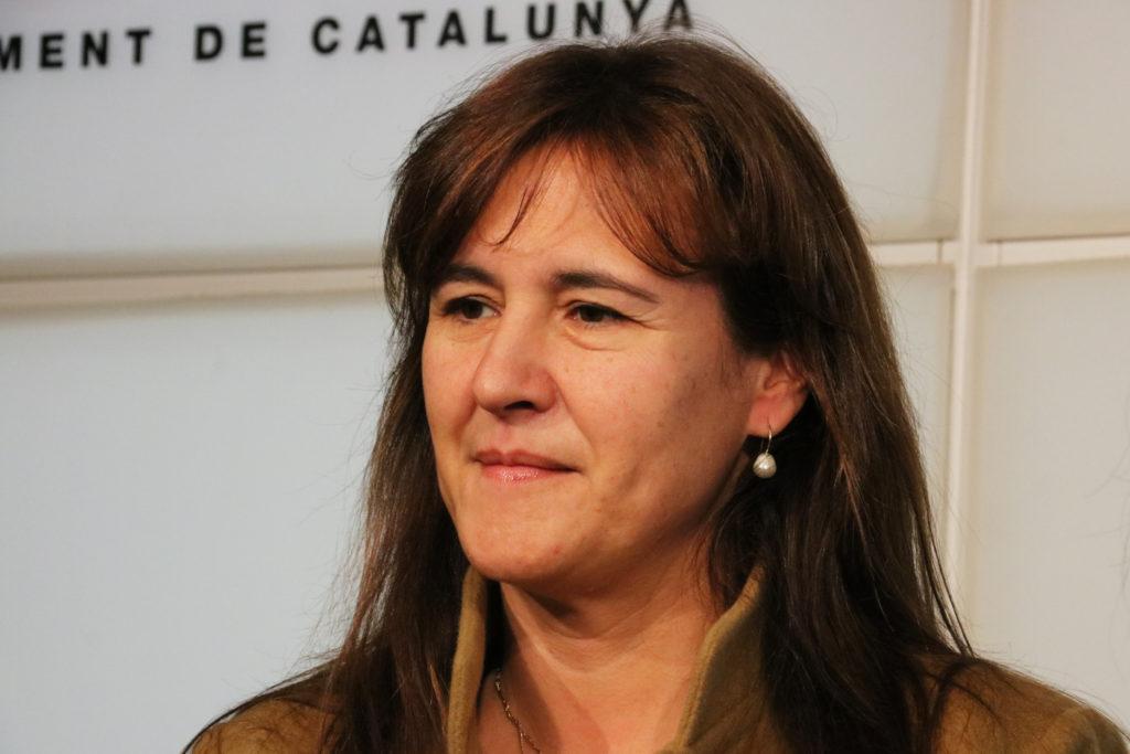 La líder de JxCat al Congrés, Laura Borràs, en roda de premsa al Parlament.
