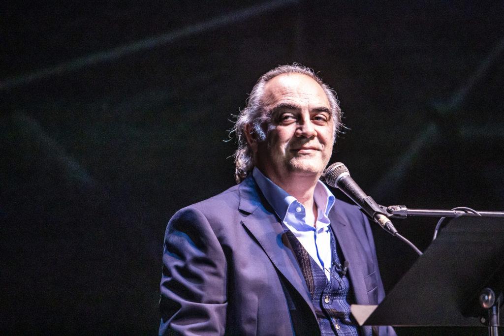 Pep Tosar ha escrit i dirigeix 'El fingidor', un espectacle sobre Fernando Pessoa. © Martí Fradera